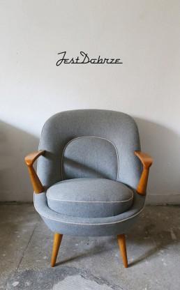 Renovation of the 345 chair designed by the Racinowski&Jędrachowicz