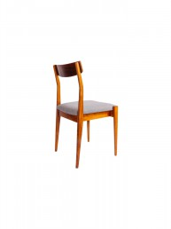 Komplet czterech krzeseł typu 200-206 z Fabryki Mebli Giętych w Jasienicy