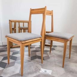 Komplet czterech krzeseł proj. O. Szlekysa